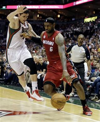 LeBron James, Ersan Ilyasova