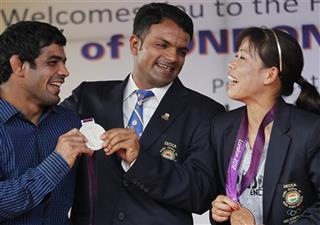 Vijay Kumar, Sushil Kumar, MC Mary Kom