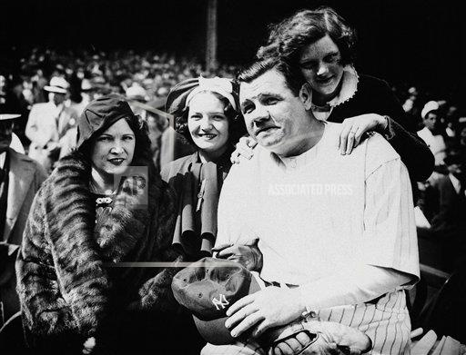 Watchf AP S BBA NEW YORK USA APHS47437 Babe Ruth Family