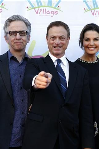 Gary Sinise, Robert Joy, Sela Ward