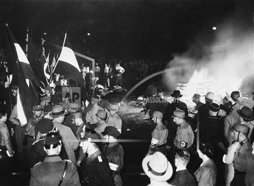 Watchf AP I   DEU APHS207499 Nazi Book Burnings