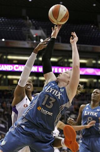 Lindsay Whalen, Alexis Hornbuckle, Taj McWilliams-Franklin
