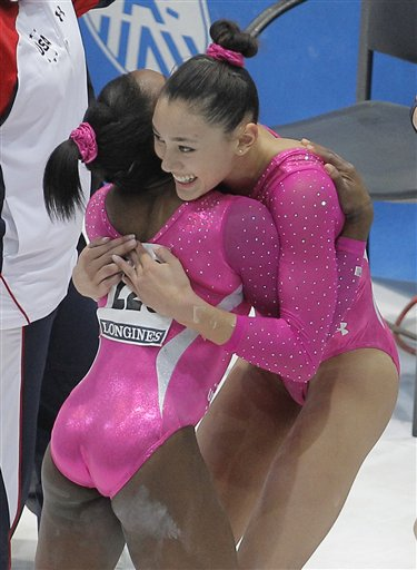 Biles of US wins gymnastics all-around at worlds