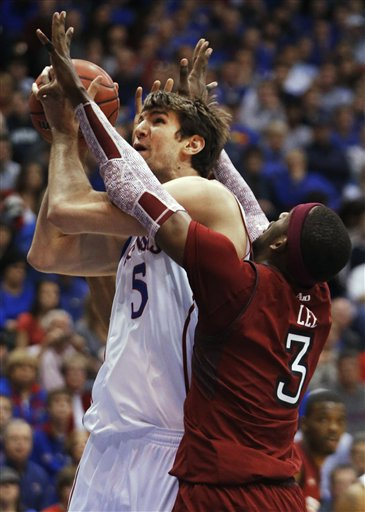 Jeff Withey, Anthony Lee