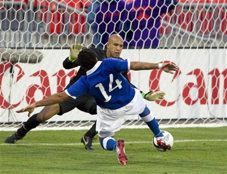 Tim Howard; Dwayne DeRosario