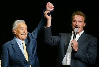 ARNOLD SCHWARZENEGGER, JOE WEIDER