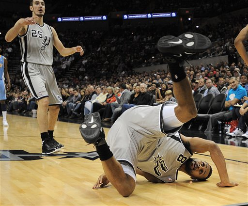 Patty Mills, Nando De Colo