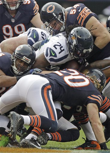 Marshawn Lynch, Brian Urlacher, Craig Steltz