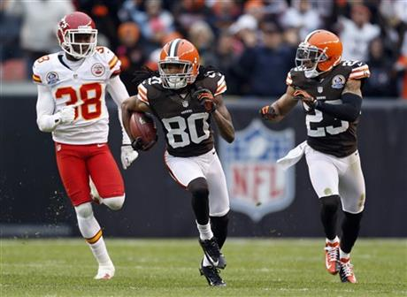 Travis Benjamin, Neiko Thorpe, Joe Haden