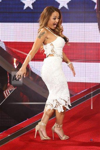 EXPNews AP I ENT  England EXPRE Celebrity Big Brother 2015 UK vs USA