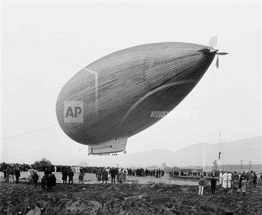 Watchf AP A  CA USA APHS466187 City Of Glendale Dirigible