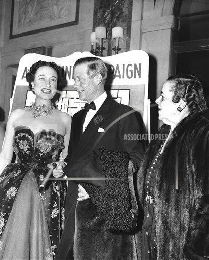 Watchf AP A  NY USA APHS385266 Duke and Duchess of Windsor