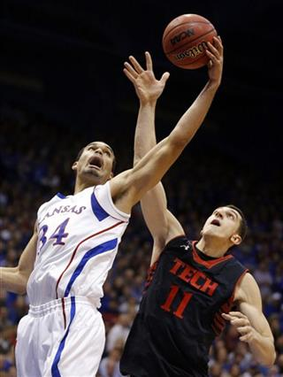 Perry Ellis, Dejan Kravic