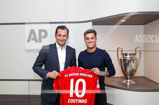 Signing of the contract Philippe COUTINHO (FC Bayern Munich).