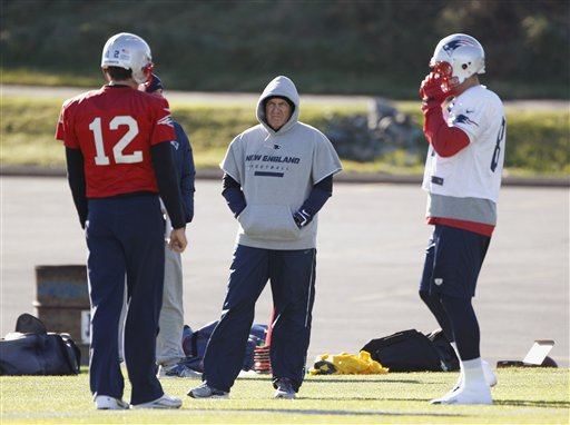 Bill Belichick, Tom Brady, Aaron Hernandez