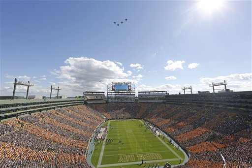 Tide Color Out in Lambeau Field