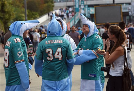 Britain Dolphins Raiders Football