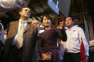 Myanmar Suu Kyi