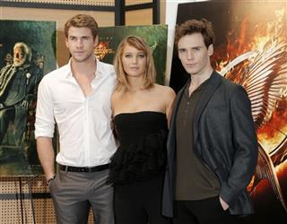 Liam Hemsworth, Jennifer Lawrence, Sam Claflin