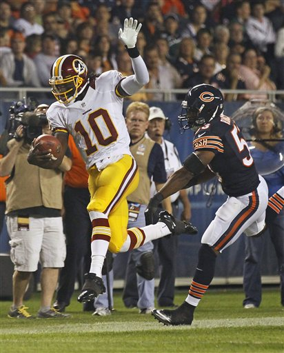 Robert Griffin III, Nick Roach