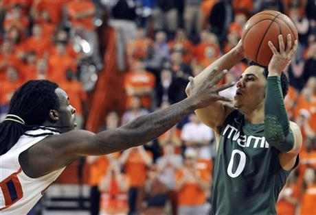 Rod Hall, Shane Larkin