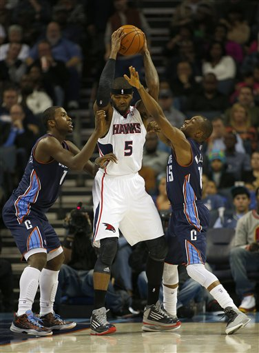Michael Kidd-Gilchrist, Kemba Walker, Josh Smith