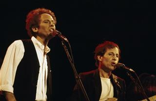 New York Simon Garfunkel Concert