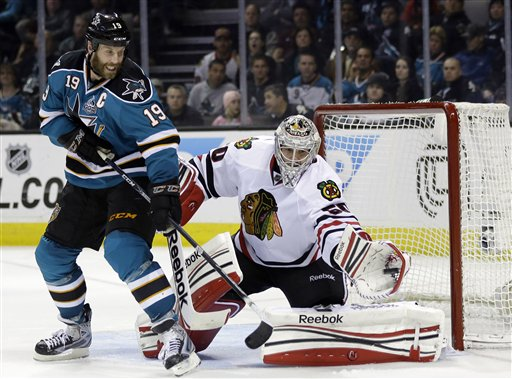 Joe Thornton, Corey Crawford