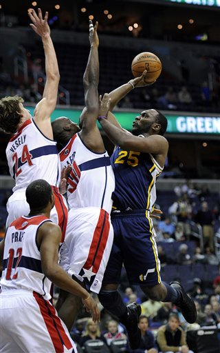 Al Jefferson, Emeka Okafor, Jan Vesely,