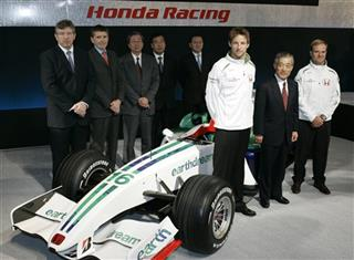 Takeo Fukui, Jenson Button, Rubens Barrichello