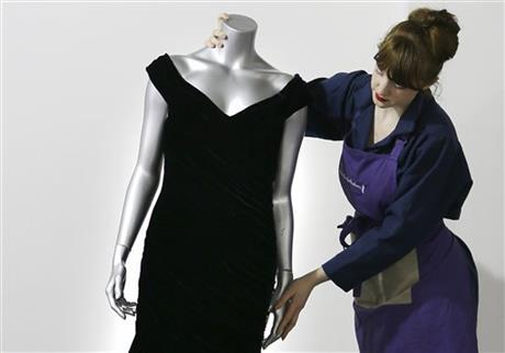 Britain Diana Dress Auction