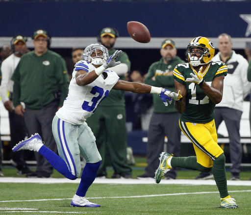 Byron Jones, Davante Adams