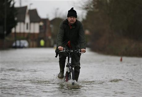 Fierce debates as Britain sinks further underwater