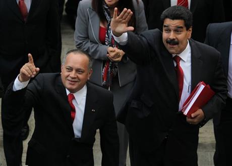 Nicolas Maduro, Disodado Cabello