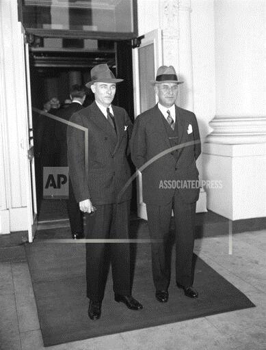 Watchf Associated Press Domestic News  Dist. of Col United States APHS196026 Seeing FDR On Textile Problems 1934
