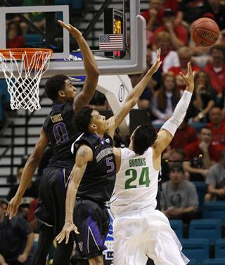 P12 Washington Oregon Basketball