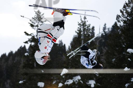 WCup Freestyle Aerials Skiing