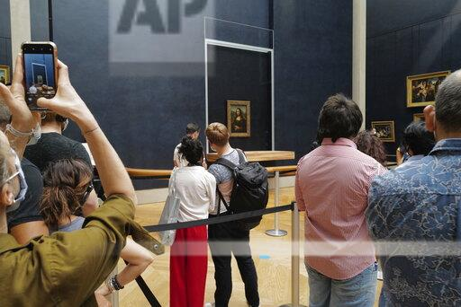 France: The Louvre Museum reopened