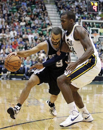 Paul Millsap, Tony Parker