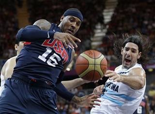 Carmelo Anthony,Luis Scola