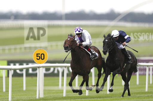 Dubai Duty Free Irish Derby Festival - Day One - Curragh Racecourse