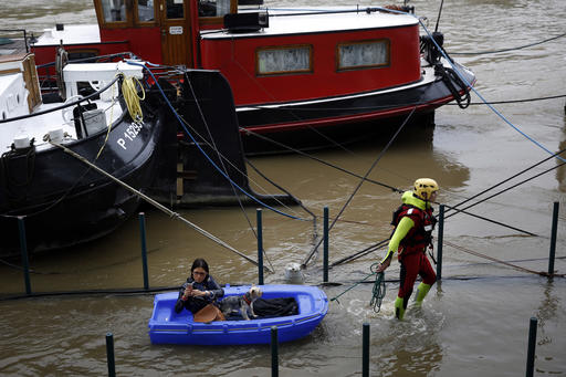Rain Pummels France Seine River Overflows Paris Embankments