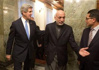 John Kerry, Hamid Karzai