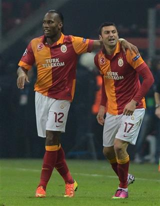 Didier Drogba, Burak Yilmaz