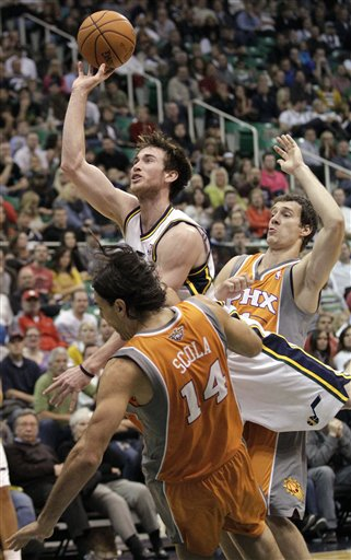 Gordon Hayward, Luis Scola, Goran Dragic,