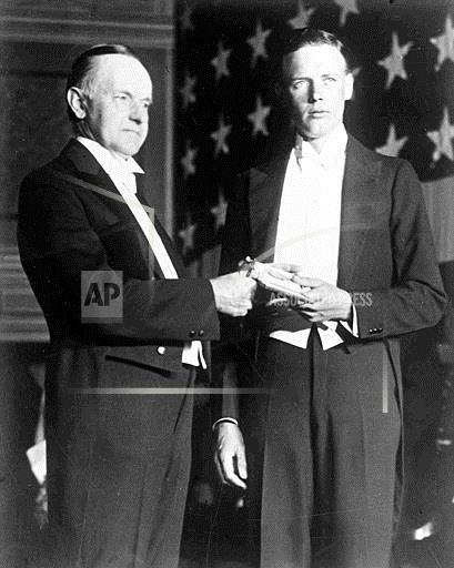 Watchf Associated Press International News   United States APHSL2374 PRESIDENT COOLIDGE AWARDS LINDBERGH