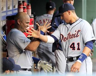 Brayan Pena,Victor Martinez
