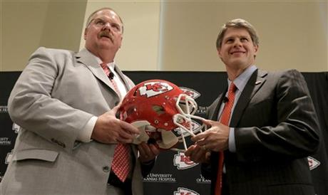 Andy Reid, Clark Hunt