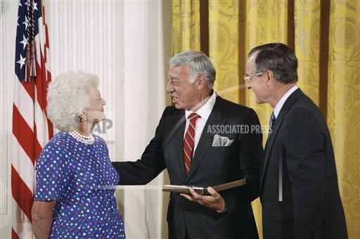 Watchf Associated Press Domestic News  Dist. of Col United States APHS160272 George H  W Bush and Gary Morton 1989
