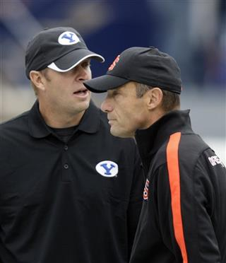 Bronco Mendenhall, Mike Riley